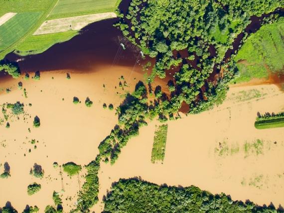 Powódź w okolicy Stalowej Woli - San i Bukowa