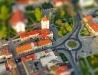 Szersze ujęcie ronda na rynku w Leżajsku (Tilt-Shift)