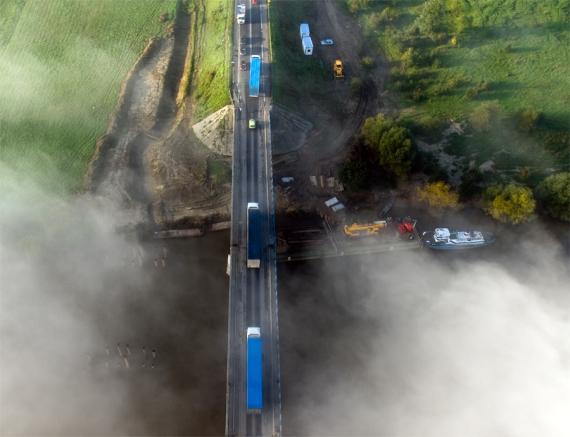 Budowa mostu na Sanie (wrześniowe mgiełki)