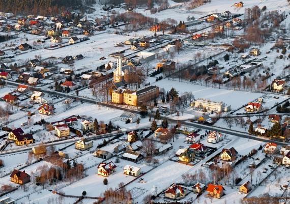 Miejscowość Zarzecze w zimowej szacie - fotka strzelona tuż przed zachodem przy siarczystym mrozie :)